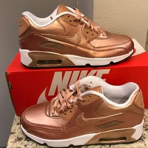BRAND NEW Nike Air Max 90 Shoes